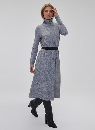 People By Fabrika Lastik Detaylı Elbise Gri